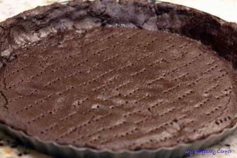 Tarta czekoladowa z czerwoną pomarańczą