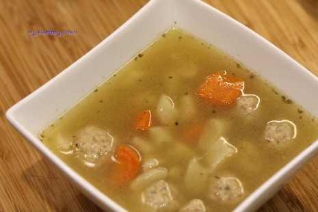 Kacza zupa z pulpetami