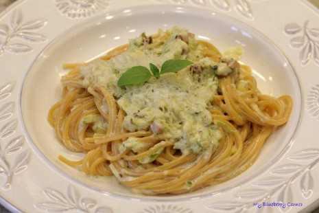 Spaghetti w cukiniowym sosie