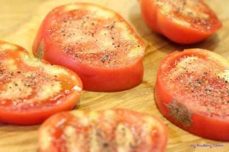 Smażone czerwone pomidory