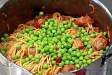 Klopsy z białej kiełbasy w pomidorowym sosie
