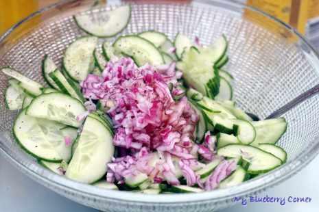 Letnia sałatka z ogórków