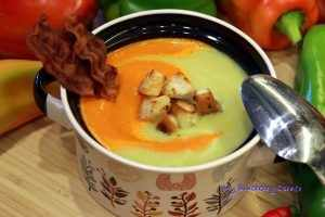 Dwukolorowa zupa z papryki