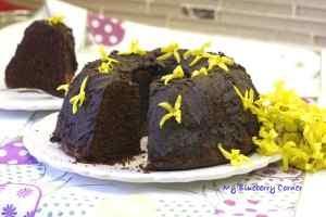 Piaskowa babka z czekoladą