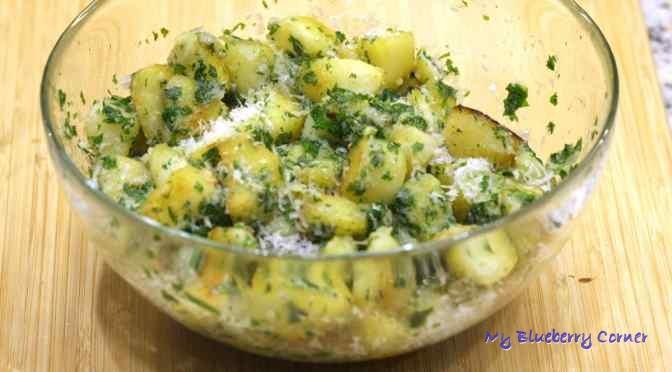 Smażone ziemniaki z masłem ziołowym
